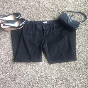 Joie Black Capri pant size 28